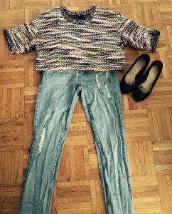Jeans boyfriend Cheap Monday, pull H&M, escarpins Jonak