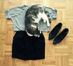 Jupe Only, Tee-Shirt Vila, Chat Edouard