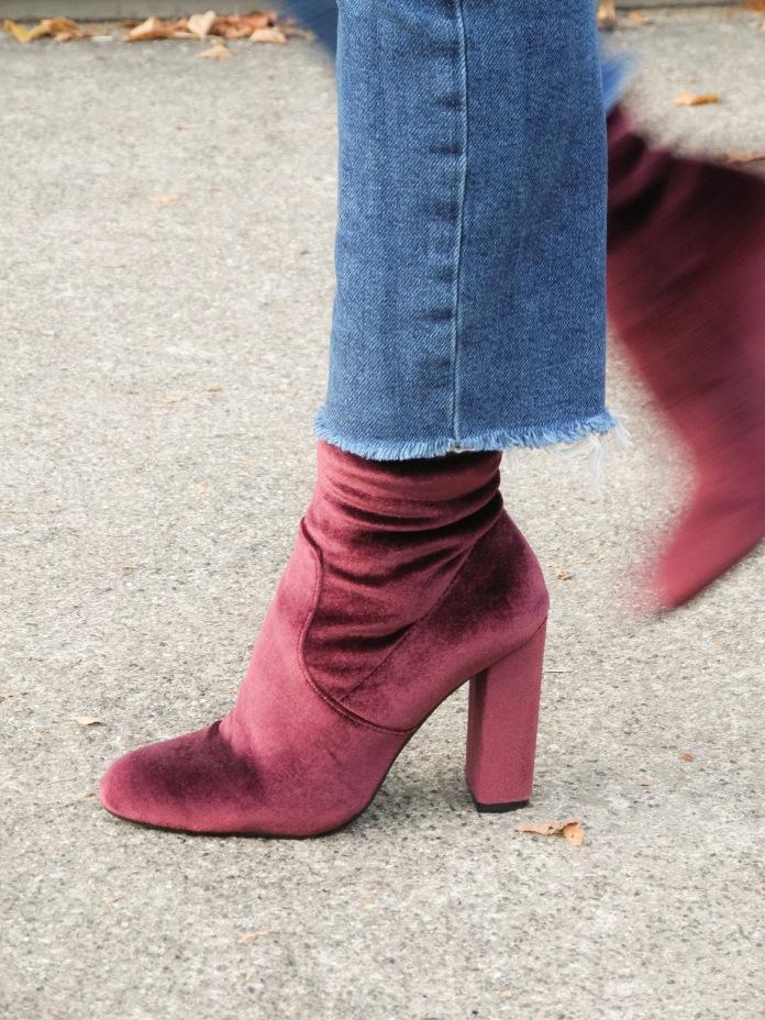Steve Madden red velvet boots chicandswiss