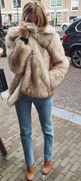 fur coat manteau fausse fourrure