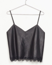 https://www.bershka.com/ch/woman/clothes/tops/leather-effect-strappy-top-with-blond-lace-c1010193220p100928526.html?colorId=926