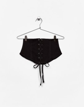 https://www.bershka.com/ch/woman/clothes/tops/corset-belt-c1010193220p100960256.html?colorId=250