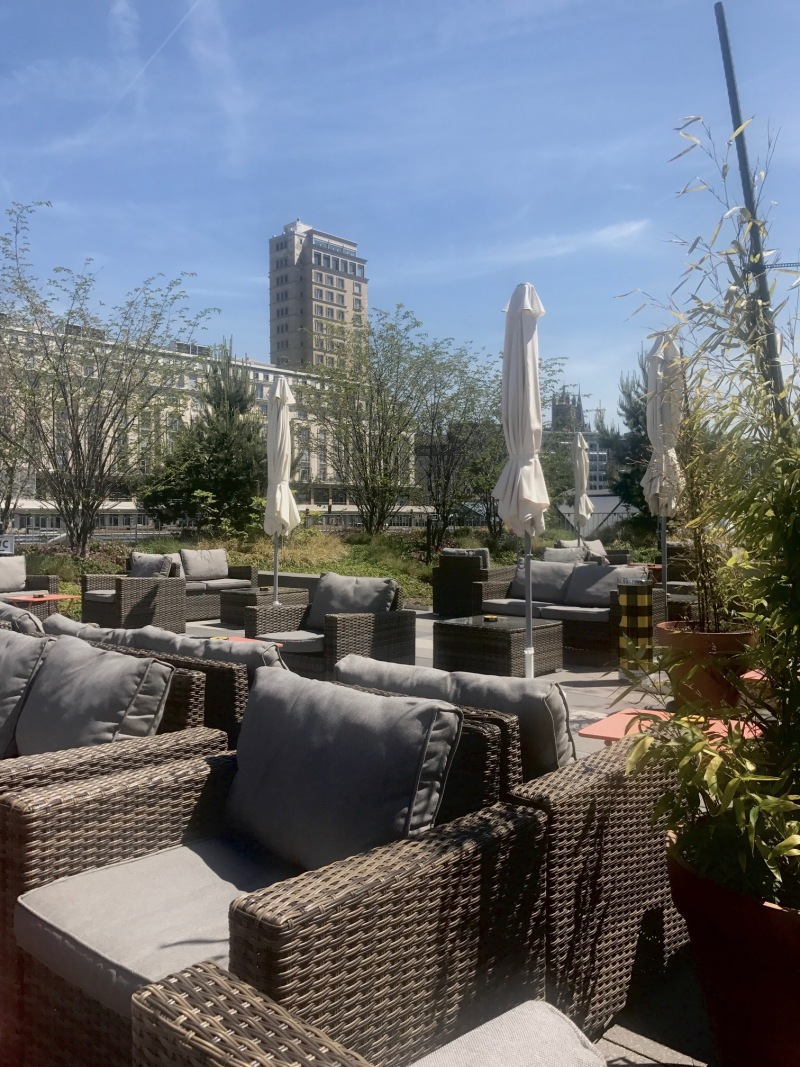 XOXO rooftop lausanne terrasse$