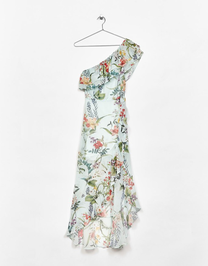 https://www.bershka.com/ch/woman/clothes/dresses/long-asymmetric-floral-print-dress-with-ruffles-c1010193213p101084014.html?colorId=982