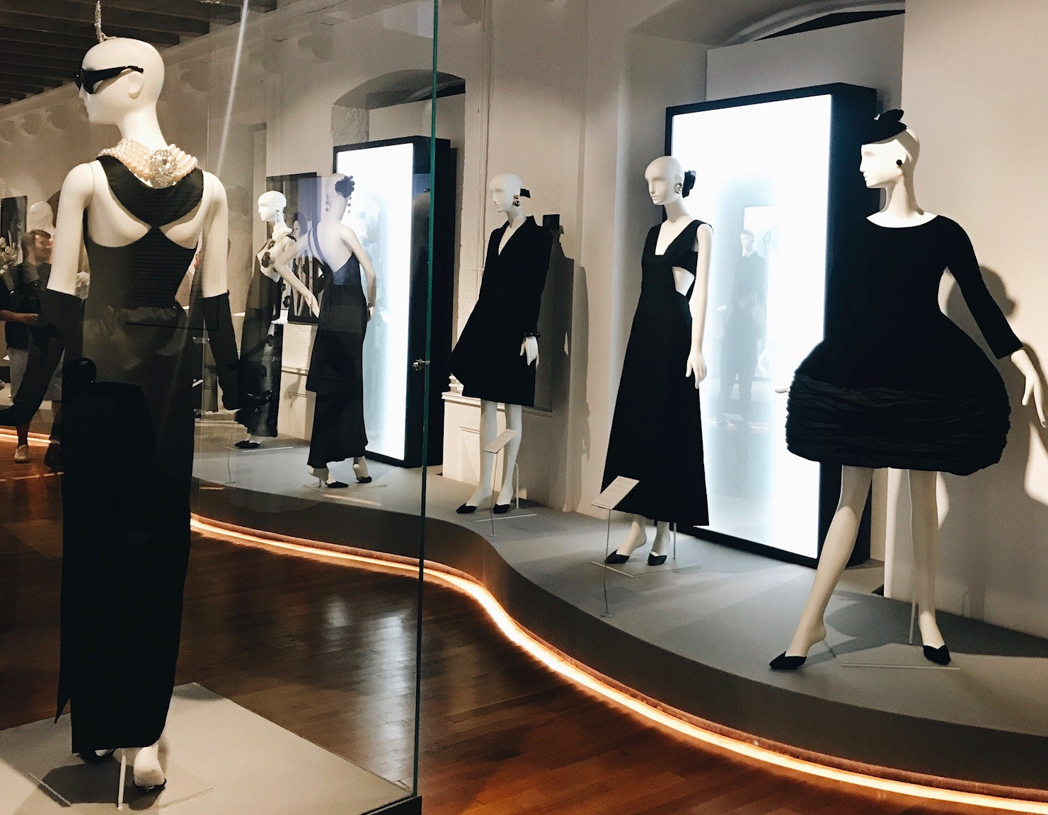 exposition-hepburn-givenchy-morges-2017.jpg
