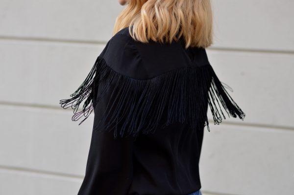chicandswiss-bottines argent-chemise franges 19