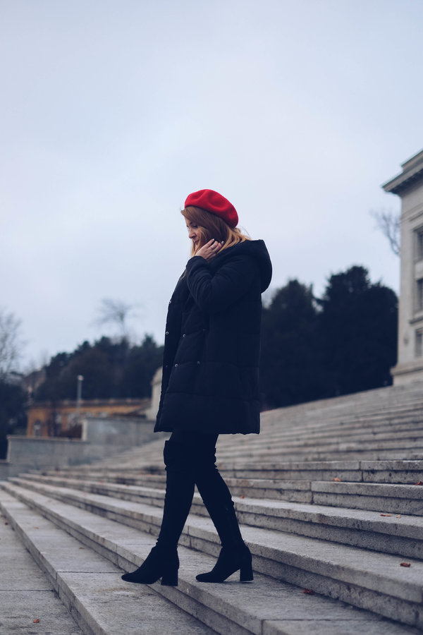 beret-rouge-jupe-cuissardes-chicandswiss 6