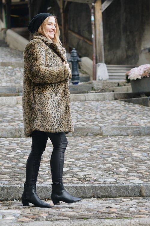 manteau léopard tenue du jour