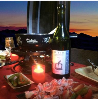 fondue-telecabines-verbier-in-the-sky-crans-montana-villars-ollon-chicandswiss
