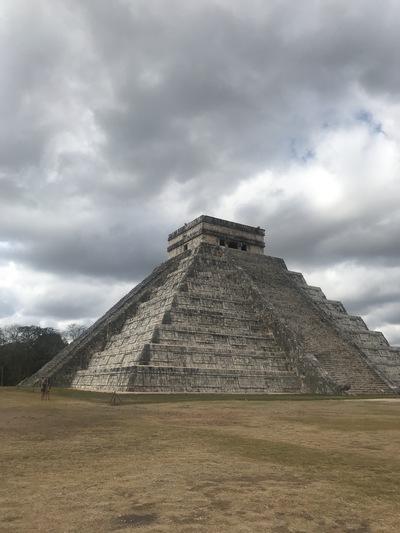 chichen-itza-copines-de-voyage-maya-maillot-chicandswiss5