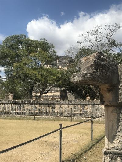 chichen-itza-copines-de-voyage-maya-maillot-chicandswiss7