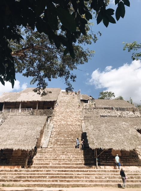 ek-balam-temple-maya-yucatan-copines-de-voyage-chicandswiss