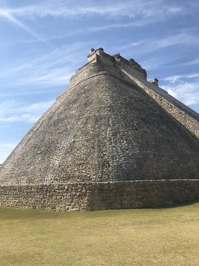 uxmal-pyramide-temple-chicandswiss2
